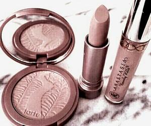makeup, lipstick, and pink image