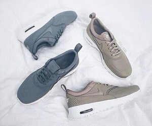 buty, nike, and shoes image
