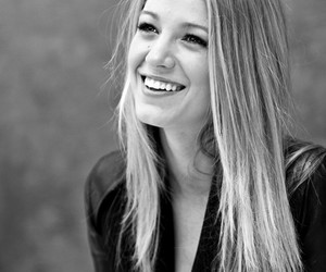 blake lively, gossip girl, and smile image