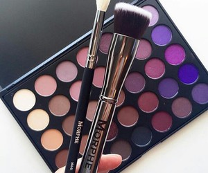cool, luxe, and eye shadow image
