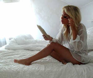 bed, blonde, and blonde hair image