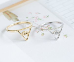thumb ring, gold rings, and triangle ring image