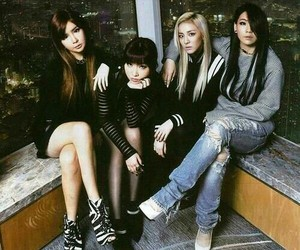 2ne1, blonde, and jeans image