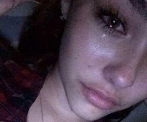 madison beer and crying image