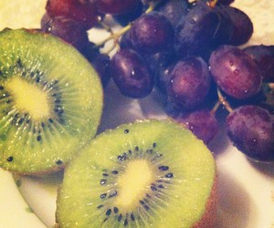 food, fruit, and grapes image