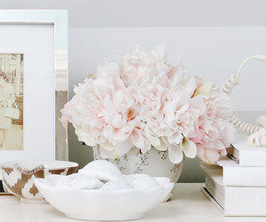 flowers and interior decor image