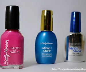 manicure, nailpolish, and cosmeticos image