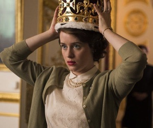 the crown, netflix, and Queen image