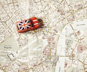 london, map, and car image