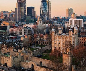 future, london, and Londres image