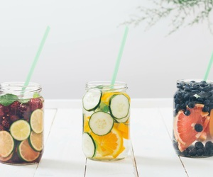 drink and FRUiTS image