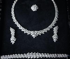 accessories and diamond image