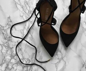 gorgeus and heels image