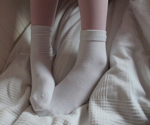 pale, grunge, and socks image