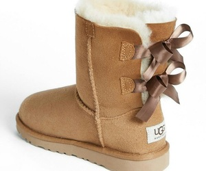 shoes and ugg image