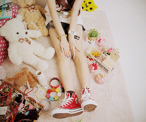 awesome, bow, and converse image