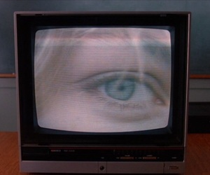 Laura Palmer, Twin Peaks, and eyes image