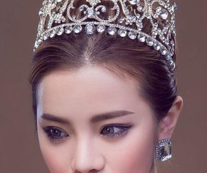 crown, diamond, and jewelry image