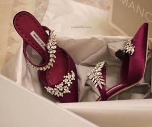 fashion, manolo blahnik, and stilettos image