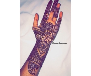 henna and love image