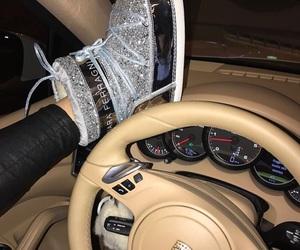 car and porsche image