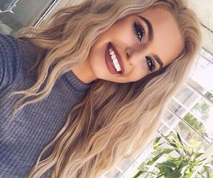 girl, hair, and makeup image