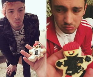 josh dun, tyler joseph, and twenty one direction image