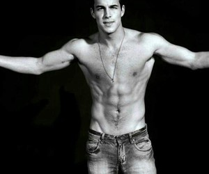 mario casas, sexy, and Hot image
