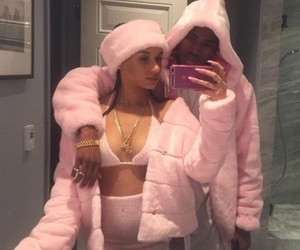 couple, pink, and goals image