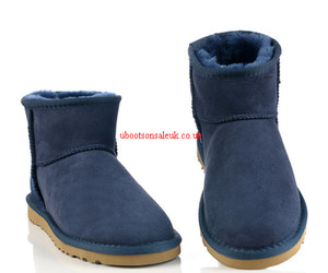 ugg 5854 and navy blue ugg boots image