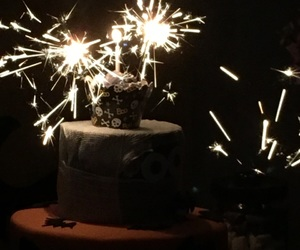 birthday, vela, and cake image