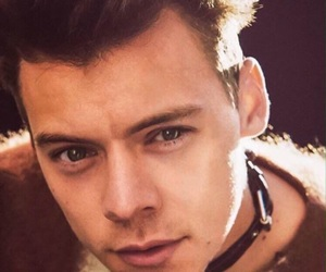 HES, oned, and another man image