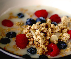 blueberries, granola, and blueberry image