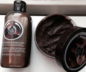the body shop, chocolate, and beauty image