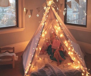 light, room, and winter image