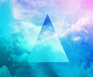 background, triangl, and blue image