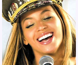 queen bey, love on top, and beyoncé image
