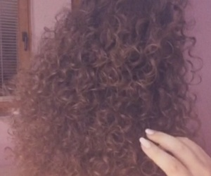 brunnete, hair, and curly image