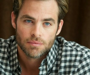 chris pine and actor image