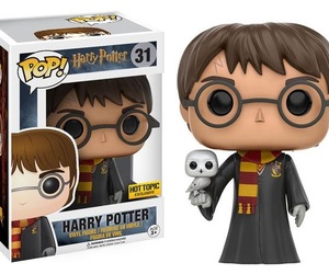 harry potter, hedwig, and funko pop image