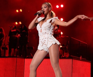red, queen bey, and beyoncé image