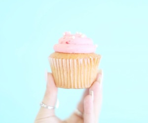 cupcake, food, and alisha marie image