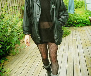 grunge, black and white, and punk image