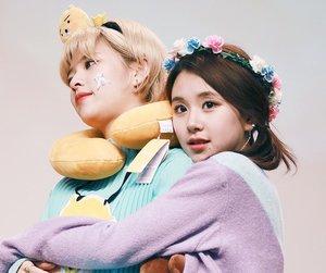 chaeyoung, twice, and jeongyeon image