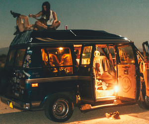 roadtrip and friends image