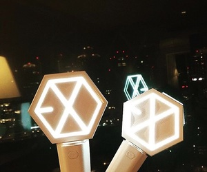 exo, kpop, and exo lightstick image