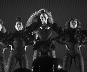 Miami, mrs carter, and formation world tour image