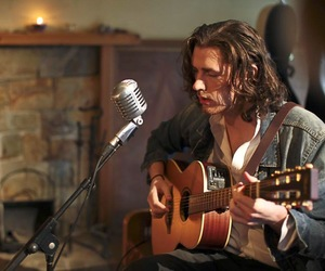 guitar, hozier, and andrew hozier-byrne image