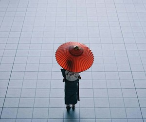 japan, red, and umbrella image