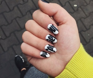 justin bieber, purpose tour, and nails image